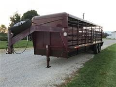 1999 W-W T/A Gooseneck Livestock Trailer