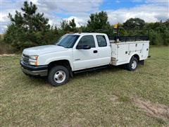 2005 Chevrolet Silverado 3500 4x4 Extended Cab Service Truck