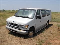 1999 Ford E350 2WD Van