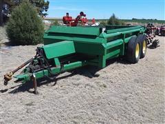 John Deere 785 T/A Hydraulic-Push Manure Spreader