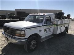 1993 Ford F450 Super Duty 2WD Service Truck