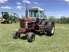 International F856 2WD Tractor