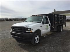 2002 Ford F450 2WD Flatbed Truck