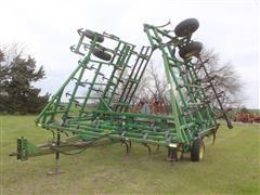 John Deere 960 36' 3-Section Field Cultivator