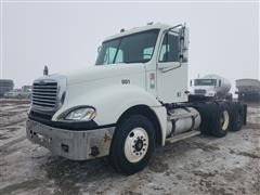 2004 Freightliner Columbia 120 T/A Day Cab Truck Tractor