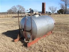 Progress 1000 Gal Stainless Steel Tank On Steel Skid