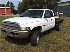 2002 Dodge RAM 2500 4x4 Extended Cab Flatbed Pickup W/Bale Bed
