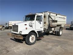 2005 Peterbilt 330 S/A Feed Truck W/Kuhn Knight 3160 Feed Mixer