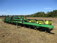 2014 John Deere 1725 12R38 Stack Fold Planter