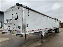 2014 Wilson PaceSetter DWH-551 T/A Grain Trailer