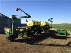 2009 John Deere 1760 MaxEmerge XP 12R30 Planter W/Liquid Fertilizer And Markers