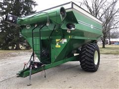 J&M 875-16 Grain Cart