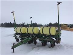 """John Deere 7000 6R30"""" Planter"""