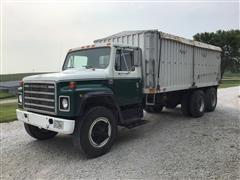 1979 International S1954 T/A Grain Truck