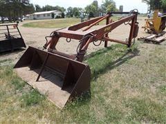 Farmhand F11 Loader W/8' Bucket