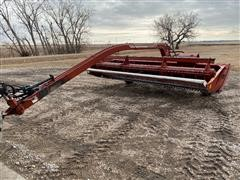 Hesston Hydro Swing 1014 Pull Type Swather
