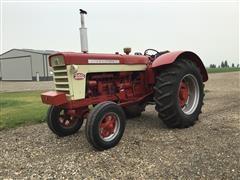 1962 International 660 Diesel 2WD Tractor