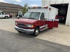 2000 Ford E350 Ambulance