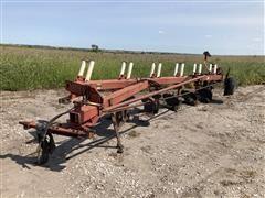 International 720 6- Bottom Plow