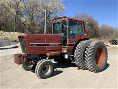 1982 International 5088 2WD Row Crop Tractor W/ Duals