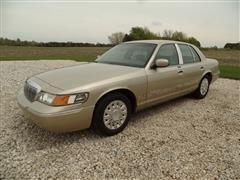 2000 Mercury Grand Marquis GS Car