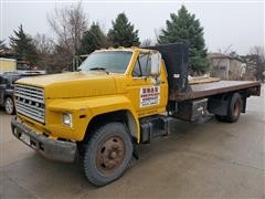 1984 Ford F800 S/A Rollback Truck