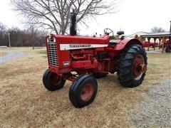 1967 International 856 Wheatland 2WD Tractor