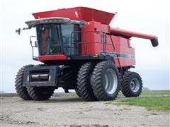 Massey Ferguson 9690 4WD Combine
