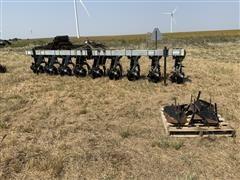 Hiniker 6000 8 Row Cultivator