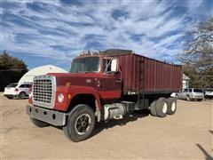 1979 Ford LN9000 T/A Grain Truck