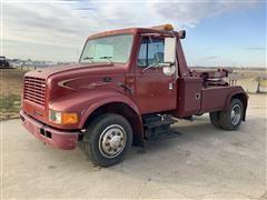 1997 International 4700 S/A Tow Truck