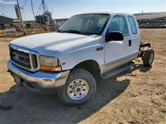 1999 Ford F250 4x4 Extended Cab & Chassis Pickup