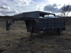 2015 W-W Runabout S/A Gooseneck Livestock Trailer