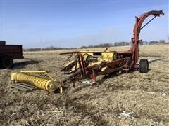 New Holland 890 Pull-Type Forage Harvester W/Heads