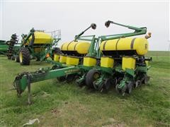 "1998 John Deere 1760 MaxEmerge Plus VacuMeter 12-Row 30"" Planter"
