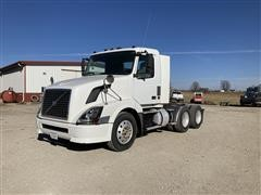 2006 Volvo VNL64T T/A Truck Tractor