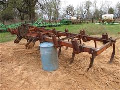 Mohawk 1500 Chisel Plow