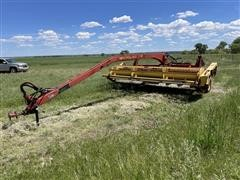 New Holland 116 Pull-Type Swather