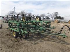 John Deere 1010 24' Folding Field Cultivator