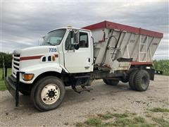 2001 Sterling L7500 S/A Feed Truck W/ Harsh 350 Mixer