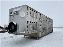 1996 Merritt T/A Livestock Trailer