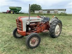 Ford 801 Powermaster 2WD Tractor