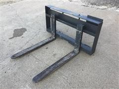 Skid Steer Pallet Fork Attachment