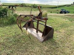 Farmhand F11 Bucket W/Grapple Forks