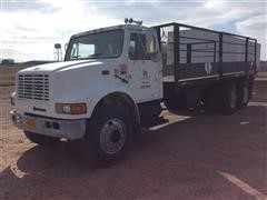 1999 International 4900 T/A Flatbed Truck W/Rack