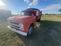 1972 Chevrolet C50 T/A Grain Truck