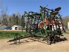 """John Deere 980 41' 6"""" Field Cultivator"""
