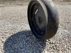 Case IH 2150 Gauge Wheels