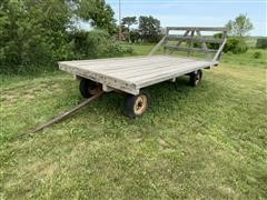 New Holland 4-T-Wagon Hay Wagon