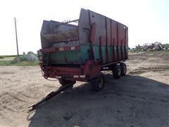 Balzer Forage Wagon W/Tri Axle Gear